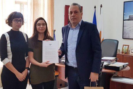 BirdLife Cyprus handing petition signatures to Deputy Minister to the President Vasilis Palmas_450_850_crp